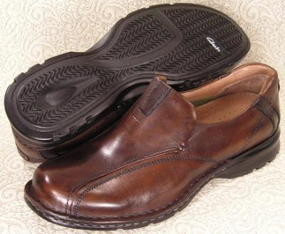 Picture of Clarks Escalade Slipon (Brown)