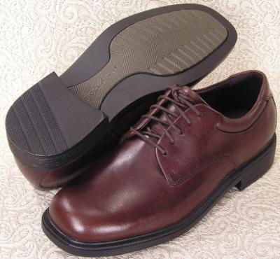 Picture of Rockport Margin Plain Toe Oxford (Chocolate)
