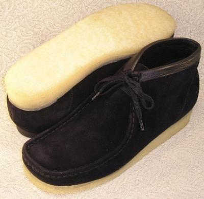 Picture of Clarks Wallabee Boot Original (Black Suede)